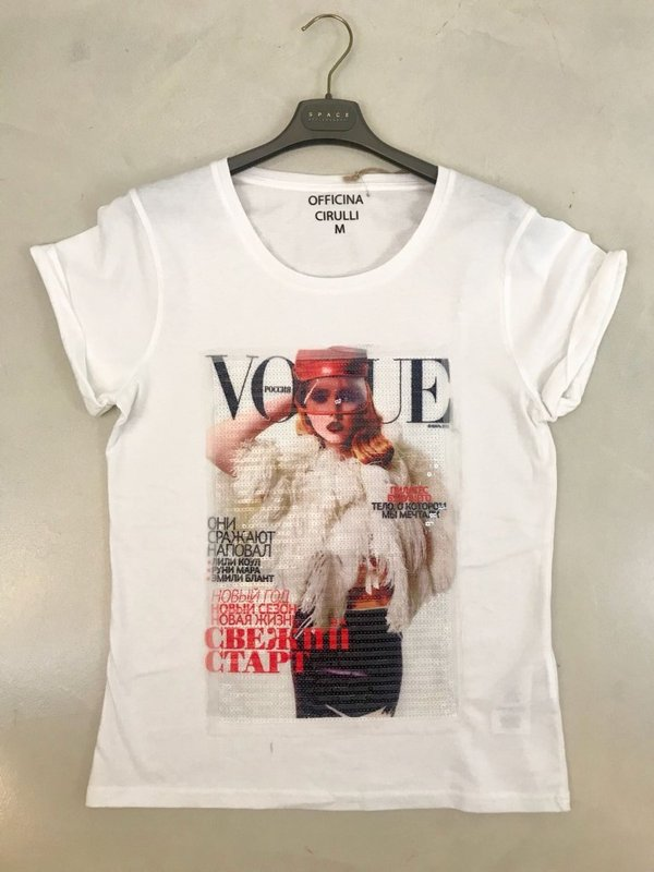 T-shirt bianca stampa paillettes VOGUE..