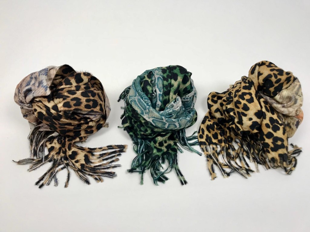 CheChury Cappelli Invernali Hat Sciarpa Set Guanti Cappello con Pompom Sciarpa Donna Cappelli da Donna Invernali Sciarpa Guanti Invernali Guanti Touch Screen Winter Set Sciarpa 3 Pezzi Regalo